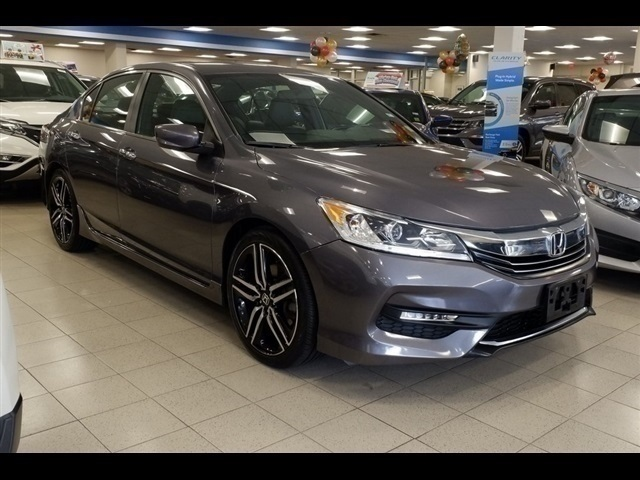 Pre Owned 2016 Honda Accord Touring 4d Sedan In Brooklyn Uh4626 Acura Of